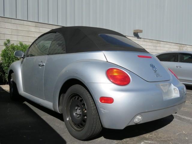 2005 Volkswagen New Beetle GLS 1.8T – Stock #7D0083A