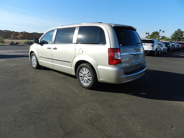 used 2013 chrysler town and country limited for sale stock 8c0065a chapman dodge chrysler. Black Bedroom Furniture Sets. Home Design Ideas