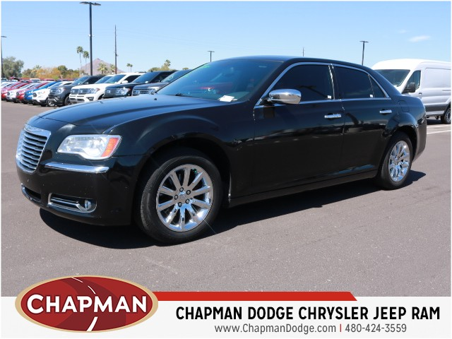 2011 Chrysler 300 Details