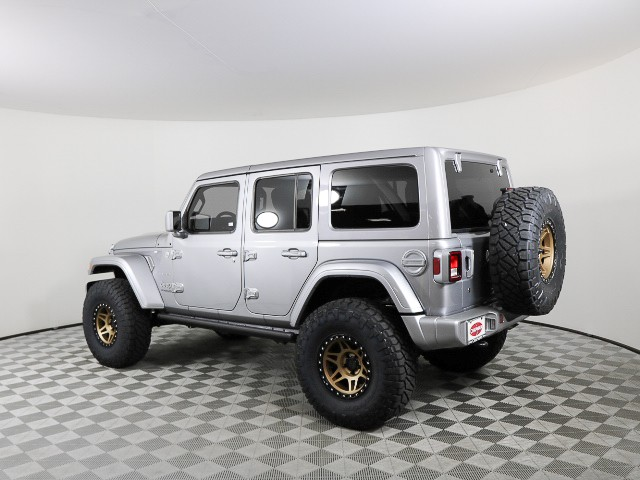 New 2018 Jeep Wrangler Unlimited Sahara Custom