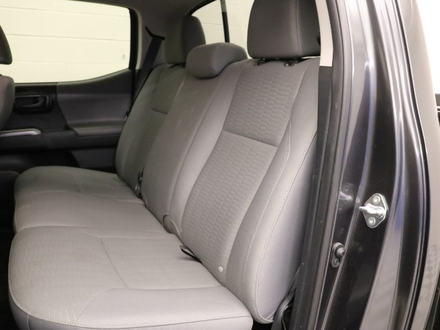 2019 Toyota Tacoma SR5 V6 Crew Cab