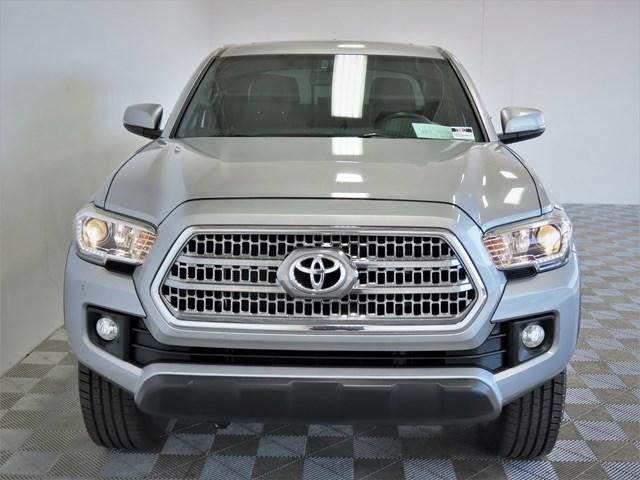 2017 Toyota Tacoma TRD Off-Road Crew Cab
