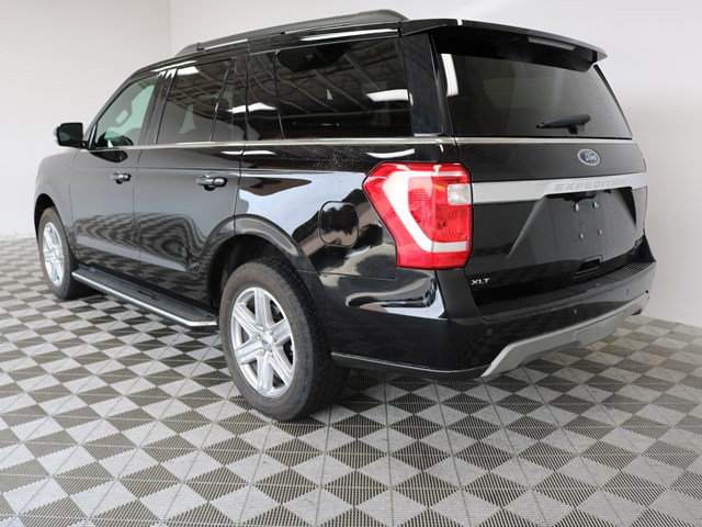 2019 Ford Expedition XLT- 4x4