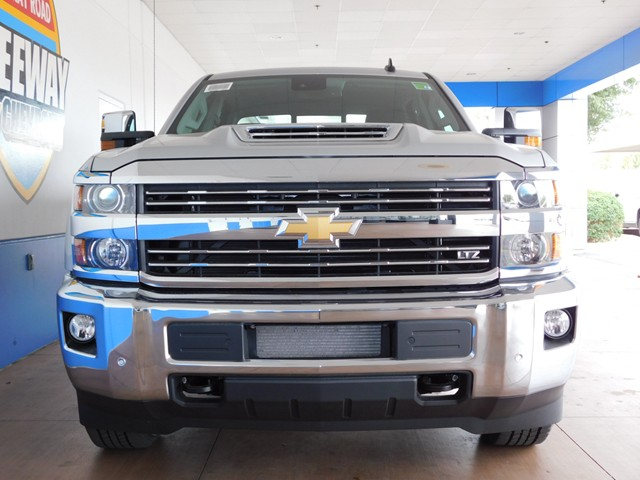 2017 chevrolet silverado 2500hd crew cab ltz 4wd phoenix az stock 170676 freeway chevrolet. Black Bedroom Furniture Sets. Home Design Ideas