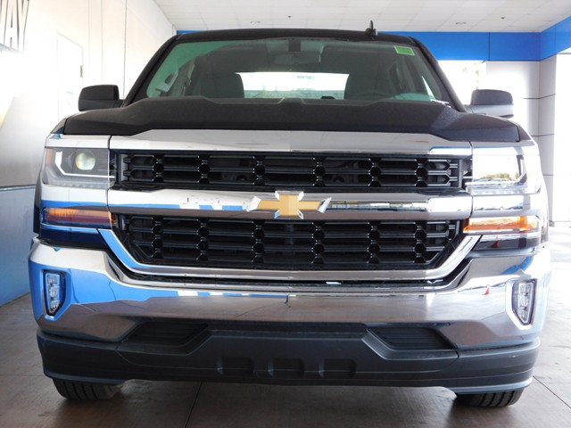 2017 chevrolet silverado 1500 crew cab 1lt 170686. Black Bedroom Furniture Sets. Home Design Ideas