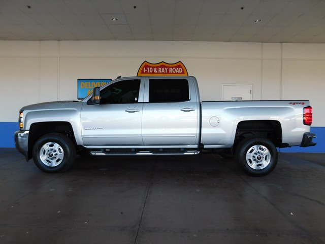 2017 chevrolet silverado 2500hd crew cab 1lt 4wd phoenix az stock 170732 freeway chevrolet. Black Bedroom Furniture Sets. Home Design Ideas