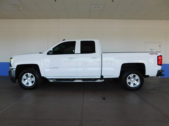 2017 chevrolet silverado 1500 double cab 1lt 4wd 171283. Black Bedroom Furniture Sets. Home Design Ideas