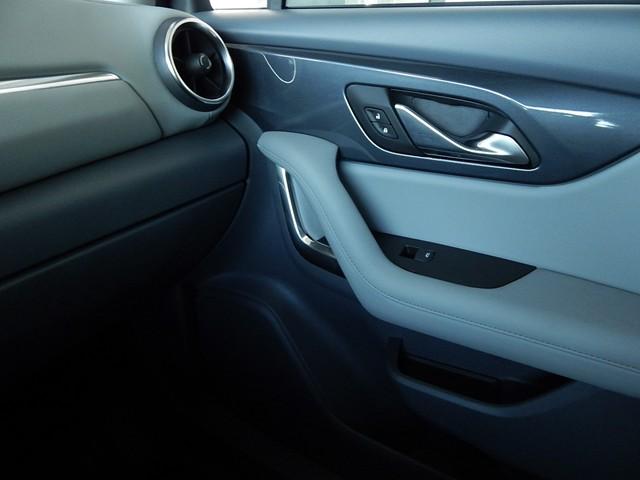 New 2019 Chevrolet Blazer 1LT Cloth