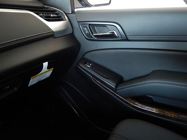 New 2020 Chevrolet Suburban 1LS 1500