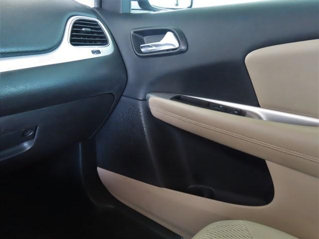 Used 2015 Dodge Journey SE