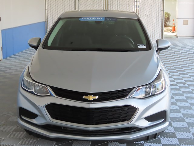 Certified Pre-Owned 2018 Chevrolet Cruze LS Auto