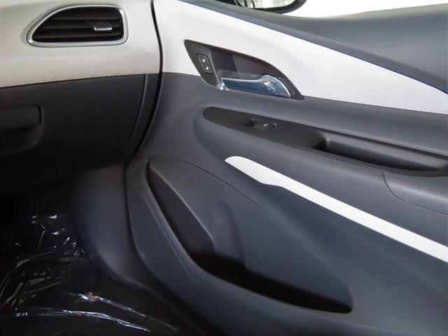New 2020 Chevrolet Bolt EV 2LT