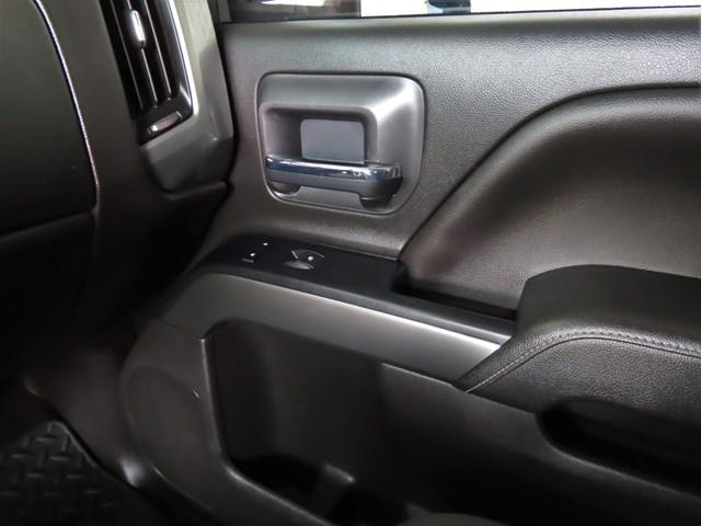 Used 2018 Chevrolet Silverado 1500  4x4 LT Crew Cab 4x4