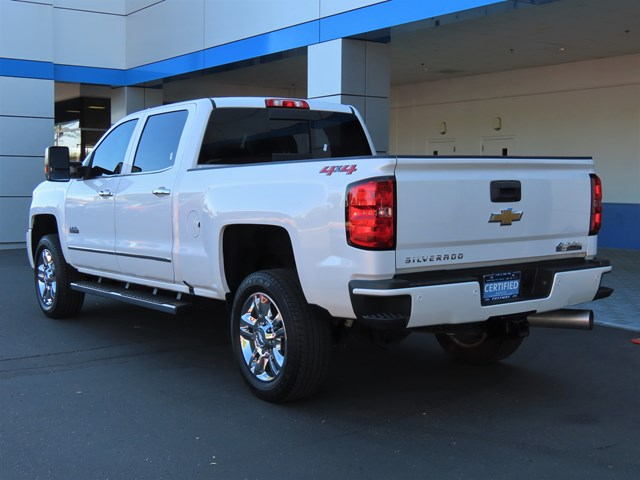 Certified Pre-Owned 2019 Chevrolet Silverado 2500HD High Country Crew Cab 4X4