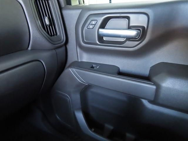 New 2021 Chevrolet Silverado 1500 Crew Cab Custom