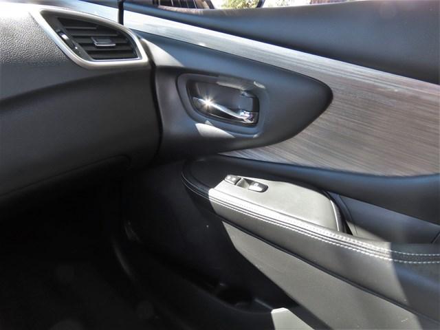 Used 2015 Nissan Murano SV