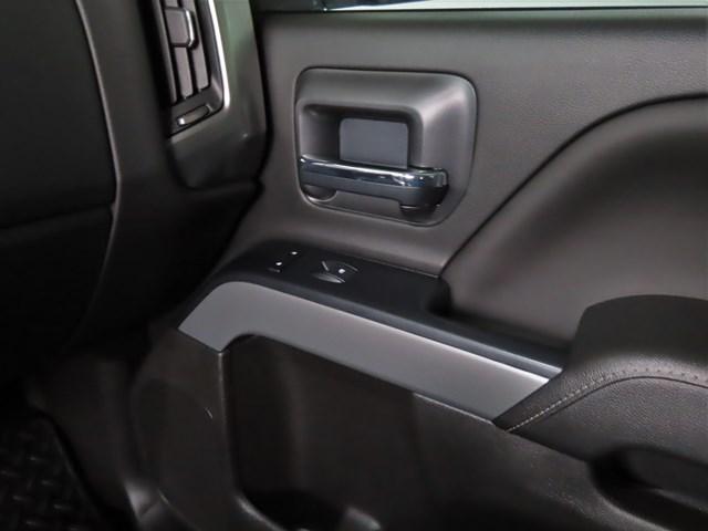 Used 2018 Chevrolet Silverado 1500  4x4 LT Z71 Crew Cab 4x4