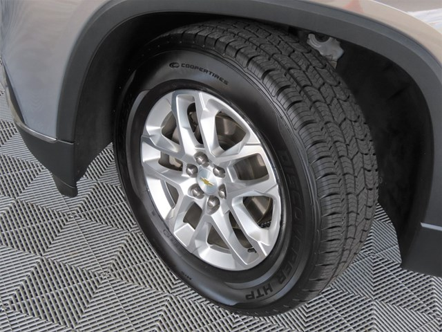 Used 2018 Chevrolet Traverse LT