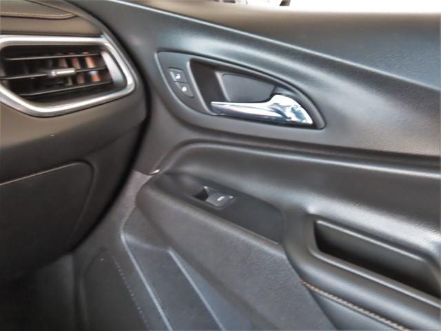 Used 2018 Chevrolet Equinox Premier 2LT w/Nav