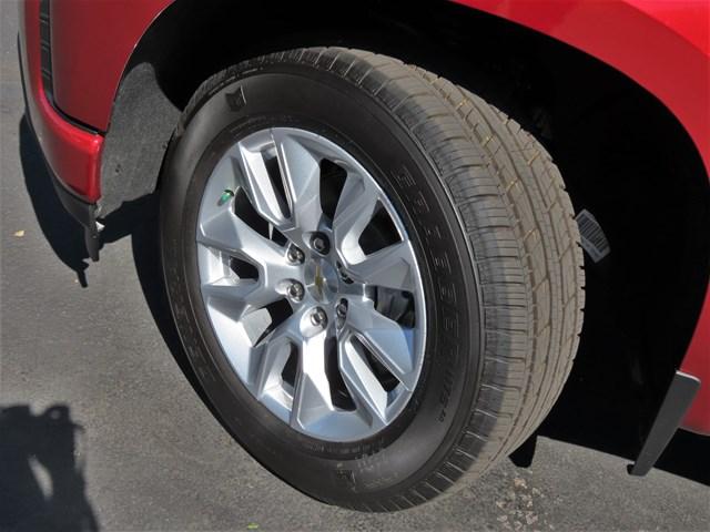 2021 Chevrolet Silverado 1500 Crew Cab Custom