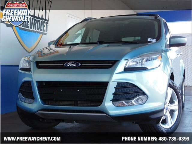 2013 Ford Escape SE Details