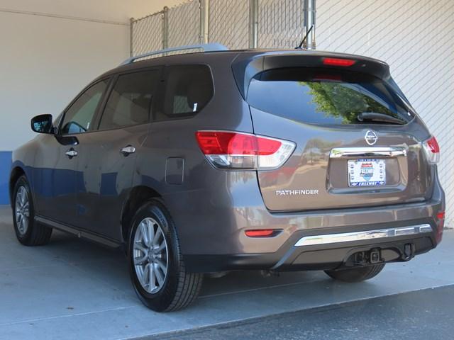 Used 2015 Nissan Pathfinder SV