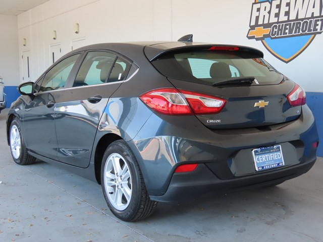 Certified Pre-Owned 2017 Chevrolet Cruze LT Auto