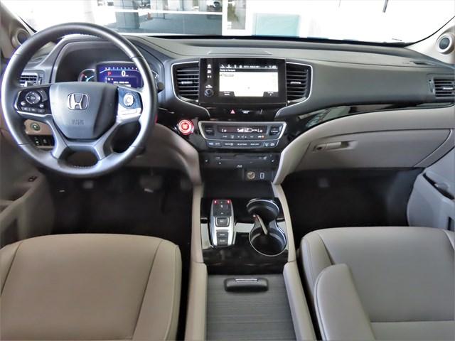 Used 2019 Honda Pilot Touring-8P