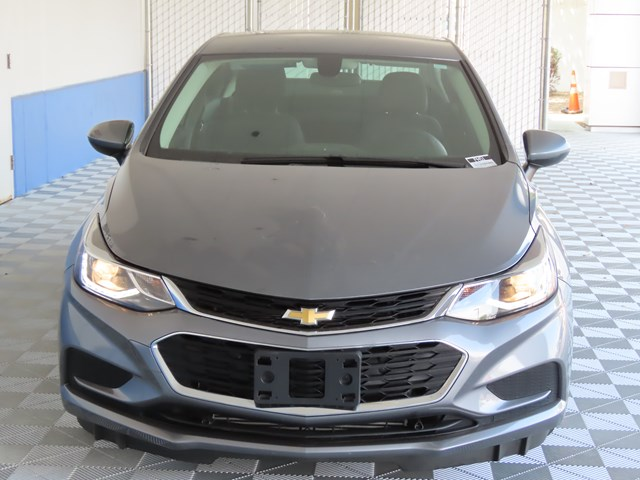 Certified Pre-Owned 2018 Chevrolet Cruze LT Auto