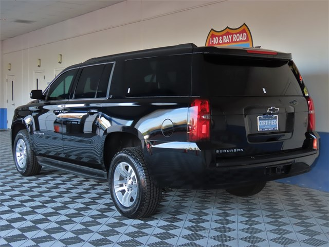 Certified Pre-Owned 2017 Chevrolet Suburban LT 1500