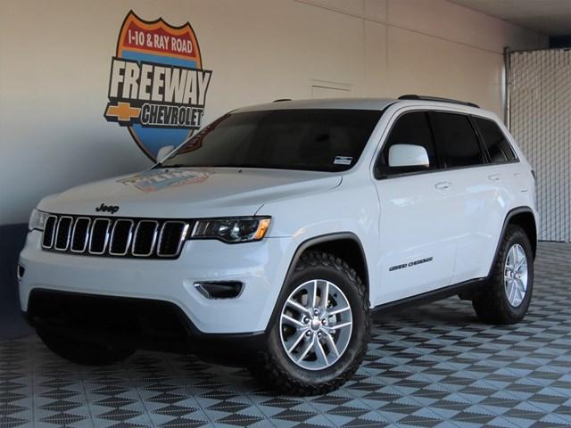 Used 2017 Jeep Grand Cherokee Laredo