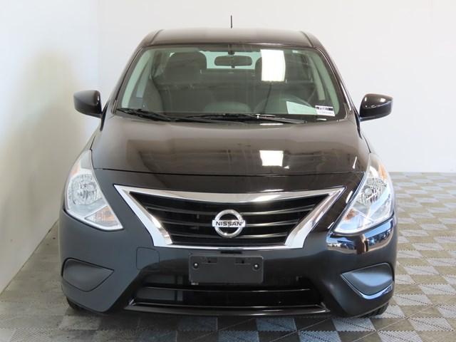 Used 2017 Nissan Versa 1.6 SV