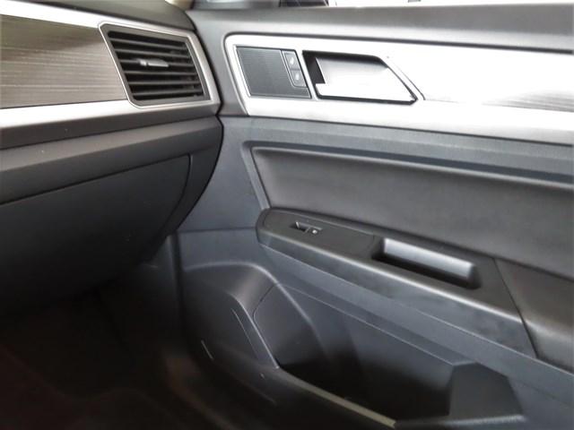 Used 2018 Volkswagen Atlas SE