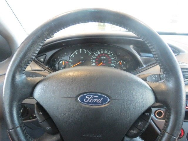 2004 Ford Focus ZX3 – Stock #171685A