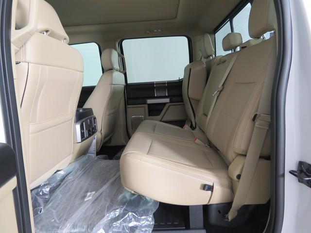 2019 Ford F-250 Super Duty Crew Cab Lariat Custom