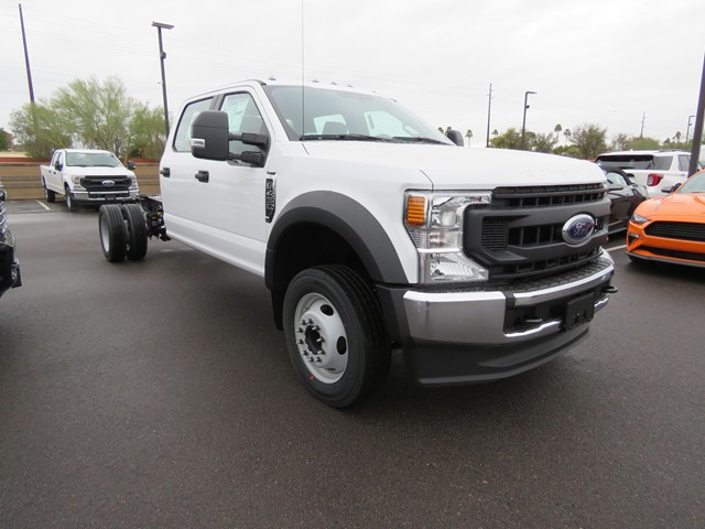 2020 Ford F-450 Super Duty Crew Cab Chassis