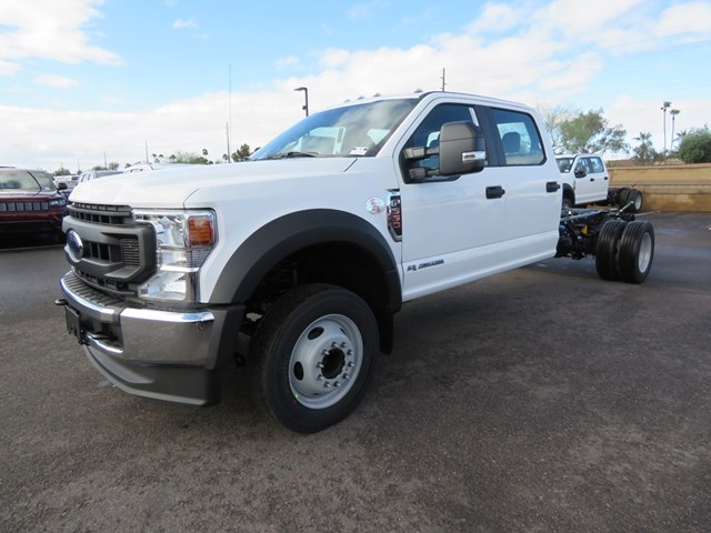 2020 Ford F-550 Super Duty Crew Cab Chassis