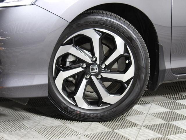 2017 Honda Accord EX-L w/Navi w/Honda Sensing