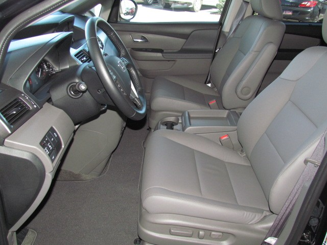 2015 Honda Odyssey EX-L w Navi – Stock #H1511450
