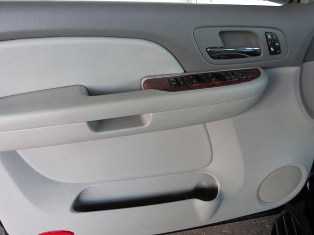 2008 Chevrolet Suburban LTZ – Stock #H1619060A