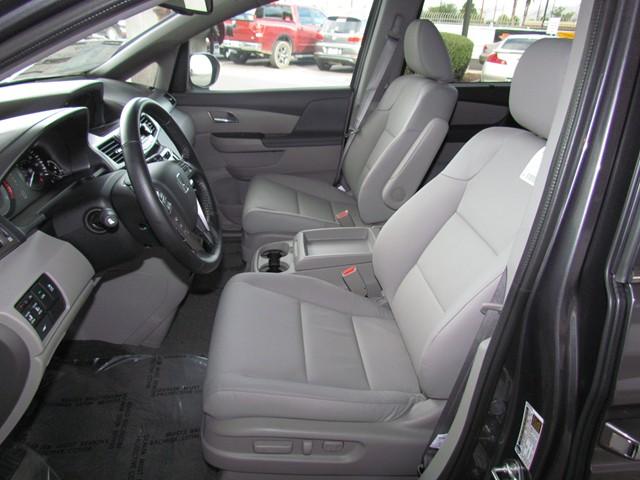 2016 Honda Odyssey EX-L w RES – Stock #H1625010