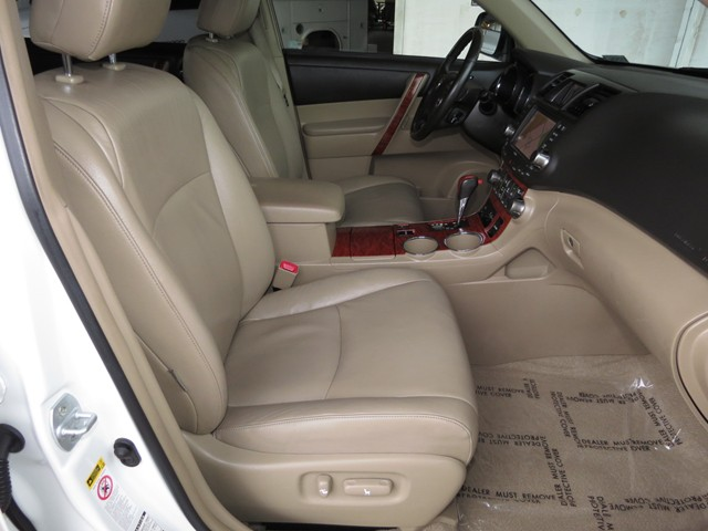 2009 Toyota Highlander Limited – Stock #H1625220A