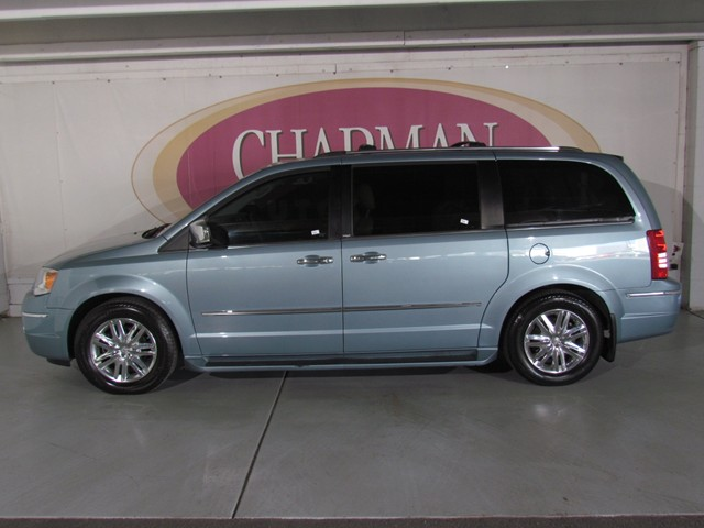 Used 2010 Chrysler Town And Country Limited Stock