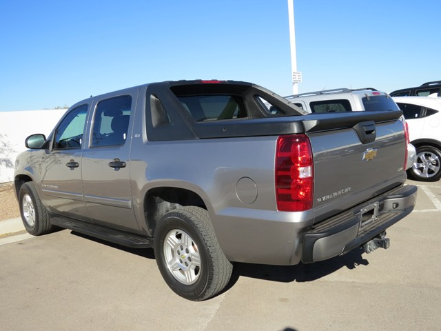 used 2007 chevrolet avalanche ls for sale stock. Black Bedroom Furniture Sets. Home Design Ideas