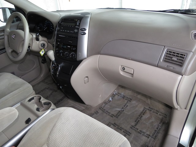 2007 Toyota Sienna LE – Stock #H1625900A