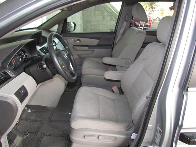 2016 Honda Odyssey LX – Stock #H1626150