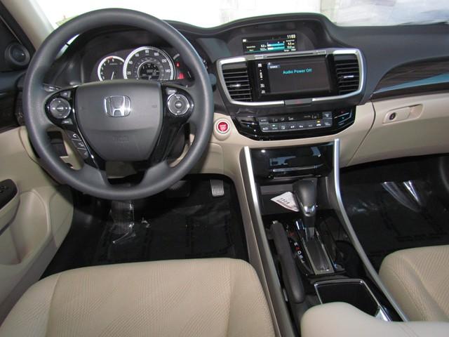 2017 Honda Accord Sdn EX – Stock #H1701600