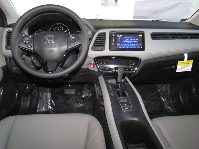 2017 Honda HR-V EX-L w Navi – Stock #H1701640