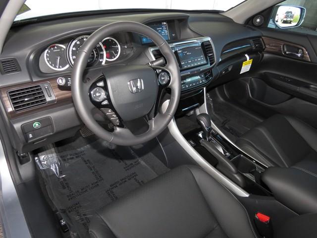 2017 Honda Accord Sdn EX-L V6 – Stock #H1701820