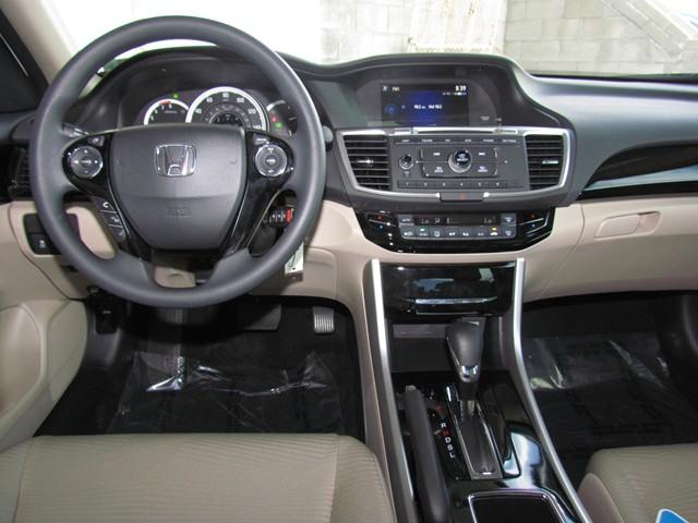 2017 Honda Accord Sdn LX – Stock #H1702400